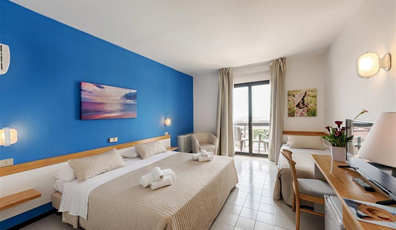 camera doppia matrimoniale palace athena resort 03